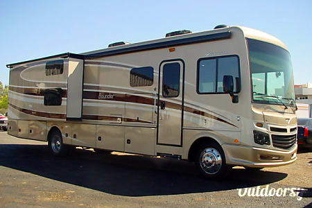 036'  Bounder - 2 bathrooms & BUNKS  Phoenix, AZ