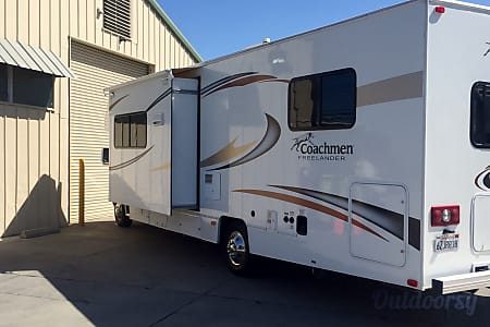 02014 Coachmen Freelander 29 FT  Santa Clara, CA