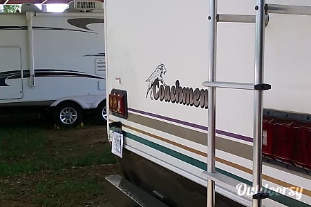 2001 Updated Coachmen Santara  Spring, TX