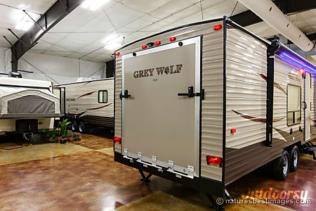 2017 Forest River Cherokee Grey Wolf Toy Hauler with Private Bedroom  Loxahatchee, FL