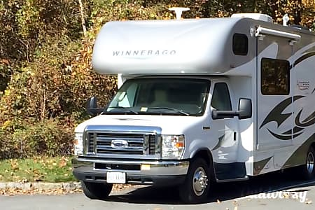 02014 Winnebago Access Premier  Fredericksburg, VA
