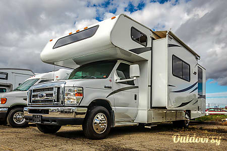 0Luxury Class C Motorhome with Slideout - Easy to Drive, ready for fun!  Reno, NV