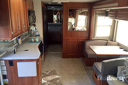32' Fleetwood Southwind - I offer FREE setup and tear down if needed!  Columbus, OH