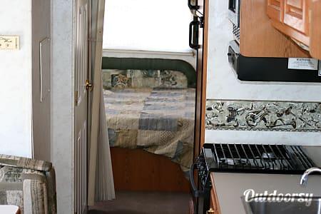01999 Winnebago Adventurer  Avondale, AZ