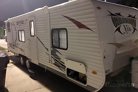 2012 Forest River Wildwood X-lite 261BHXL  Chicago, IL