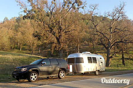 "02014 Airstream Flying Cloud ""Bill""  Washington, CA"