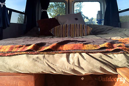 Ford E150- 2 Person Fully Stocked Camper Van  Bend, OR