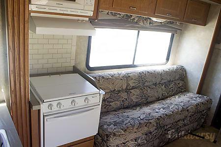 02005 Coachmen Freelander  Winchester, CA