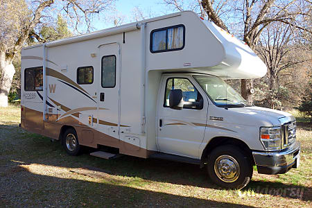 02009 Winnebago Access  Oakhurst, CA