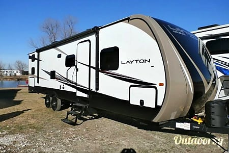 0T-4 Layton Luxury travel trailer  Cypress, TX
