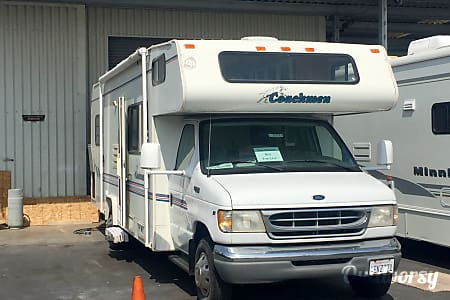 0Ford Coachman 450 2000  Gerlach, NV