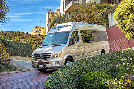 02016 Mercedes Roadtrek Adventurous Extended Luxury Sprinter Coach  El Dorado Hills, CA