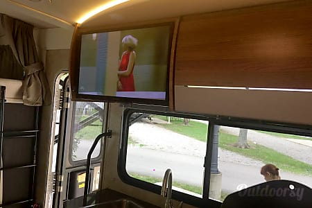 2016 Model J (La Jolla) - Mercedes Winnebago View  San Diego, CA