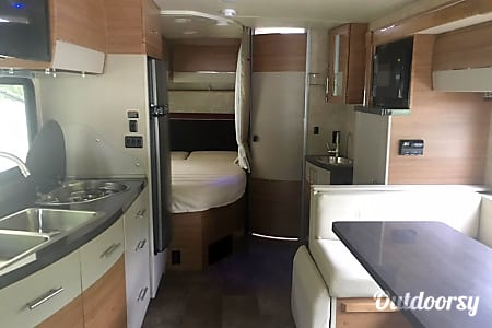 2016 Model J (San Diego) - Mercedes Winnebago View  San Diego, CA