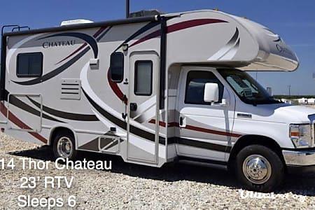 02014 Thor Motor Coach Chateau  Holmen, WI