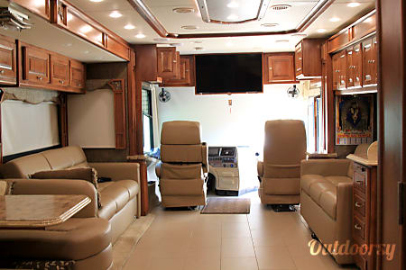 NEW 2014 Tiffin Motorhomes Allegro Phaeton  Milford, CT