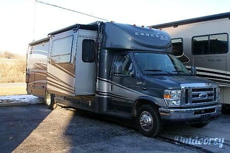 BG5940 2012 Coachmen Concord  Riverside, MO