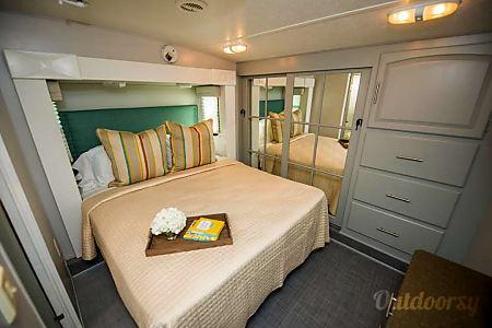 2012 Keystone Avalanche 340SG  Seffner, FL