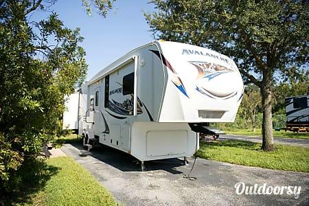 02012 Keystone Avalanche  Seffner, FL
