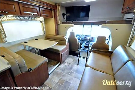 2016 Thor Motor Coach Four Winds  Fort Collins, CO