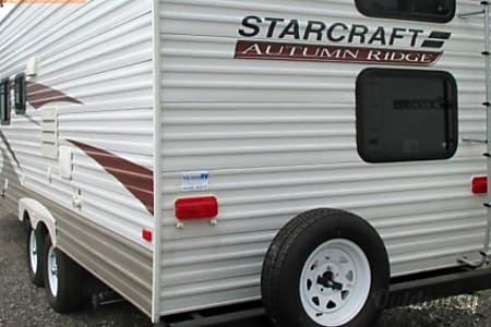 27' StarCraft bunkhouse  (2012)  Waterford Township, MI