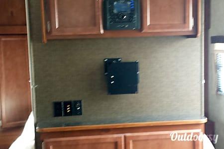 2015 Streamlite Ultra Lite 28BKS  Midland, MI