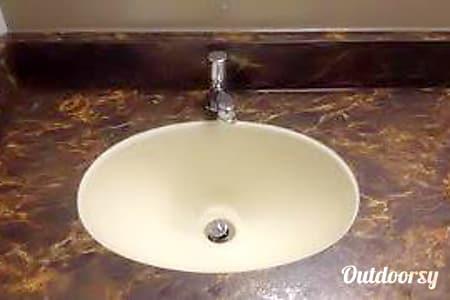 2014 Forest River Comfort Station (Restroom Trailer)  Waterford, MI