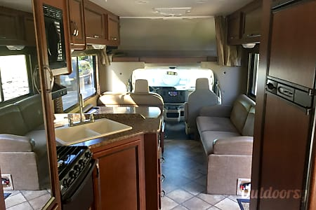2015 Thor Motor Coach Chateau  Kettering, OH