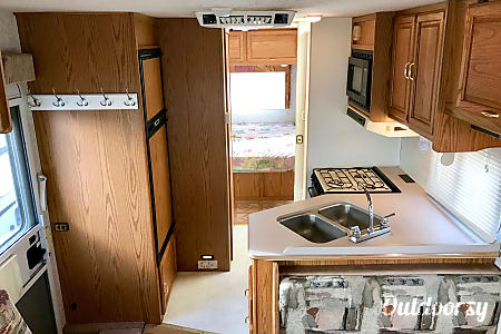 2000 Winnebago Chalet  Boulder, CO