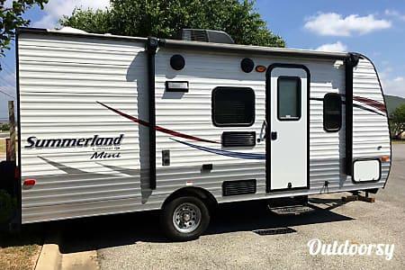 02015 Summerland 1800BH  Round Rock, TX