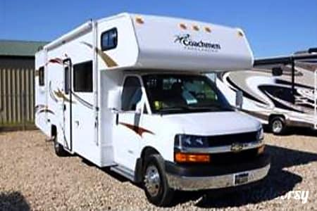 02014 Coachmen Freelander 28QB 1403  Austin, TX