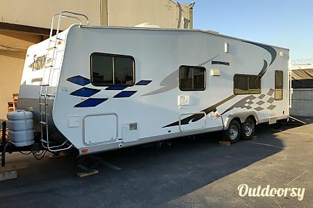 02007 Thor Motor Coach Tahoe  El Monte, CA