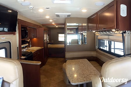 A-06 Thor ACE 27' Motorhome  Cypress, TX