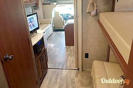 2016 Forest River Sunseeker 3170 DS  Plano, TX