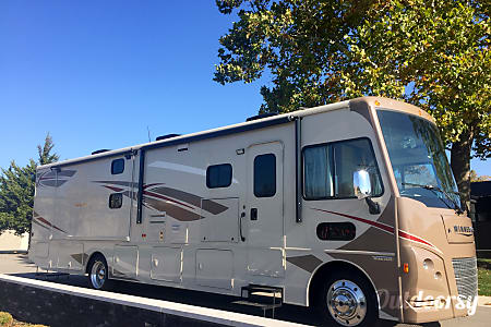 0BRAND NEW 2016 Winnebago Vista  1.5 Baths + Bunks/OutsideTV!!!  Galena, OH