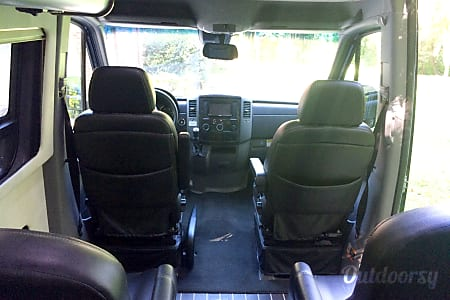 2015 Mercedes-Benz Interstate Lounge  Charlotte, NC
