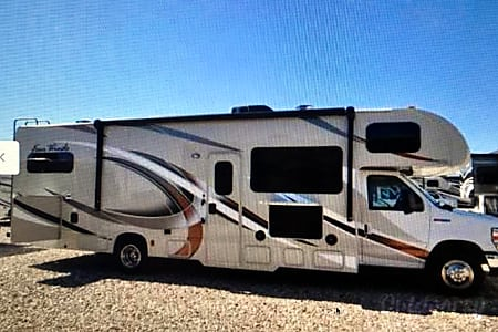 02017 Thor Motor Coach Four Winds  Tupelo, MS