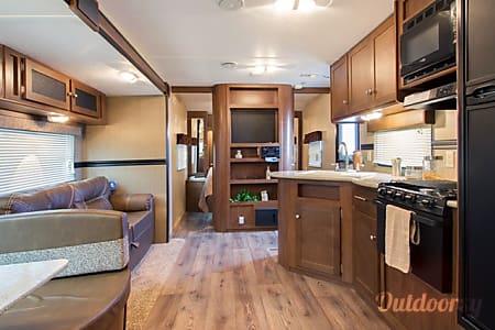 2016 Dutchmen Aspen Trail 3010BHDS  Pflugerville, TX