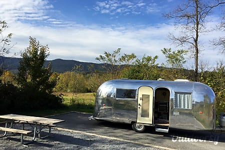 "1963 Airstream Safari: ""Sandy""  Temple Hills, MD"