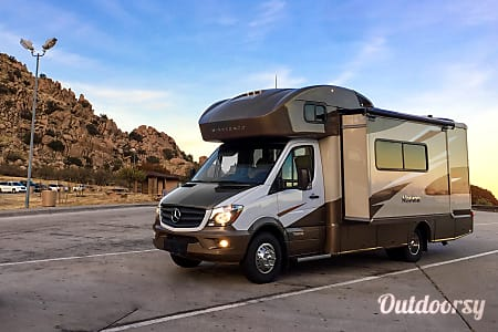 0Mercedes Winnebago Model J (green - white)  Ontario, CA