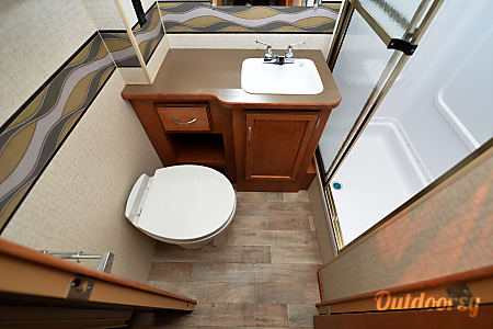 2017 Winnebago Minnie Winnie 331 Bunk  Aurora, CO