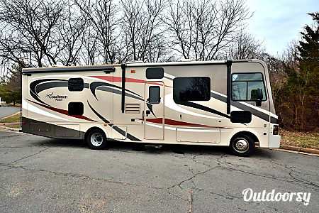 0RV 23: Pursuit 33BHP  Herndon, VA