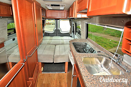 RV 29: Roadtrek  Herndon, VA