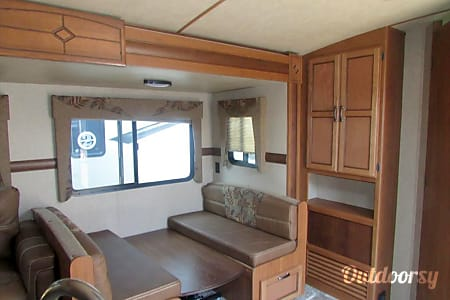 RV 09: CrossRoad Sunset Trail Super Lite-320BH  Herndon, VA