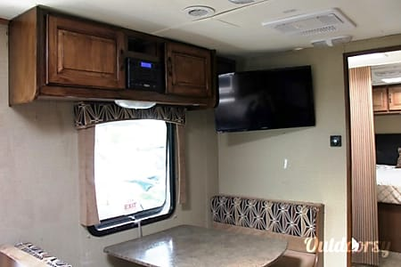 2013 Cruiser Rv Corp View Finder  Miami, FL