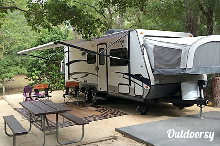 0#31 2015 Jayco Jay Feather Ultra Lite Camper  Bradenton, FL