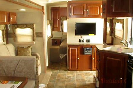 #35 2015 Forest River Rockwood 2905SS Camper  Bradenton, FL