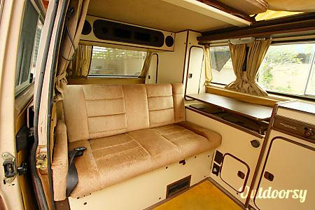 Mallory - 1984 Volkswagen Vanagon  Waialua, HI