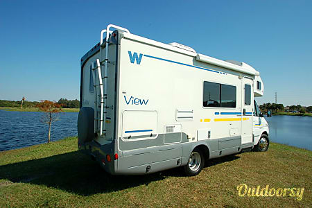 02006 Winnebago Avion View 23H  Greensboro, NC