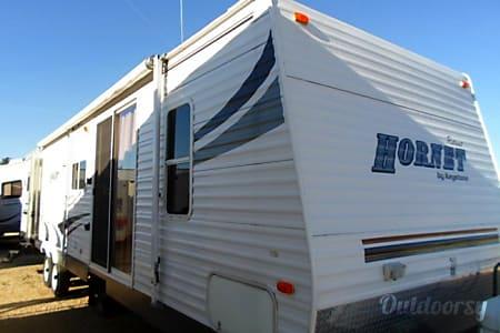 02006 Keystone Hornet  Sacramento, CA
